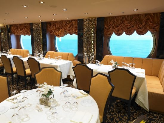 Multiple dining venues are available for passengers aboard MSC Fantasia. Photo courtesy of MSC Cruises