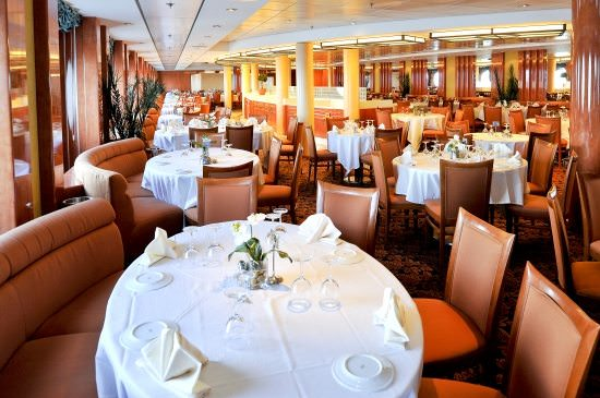 Bright, airy and comfortable, the Il Covo Dining Room aboard MSC Sinfonia serves up delectable meals. Photo courtesy of MSC Cruises