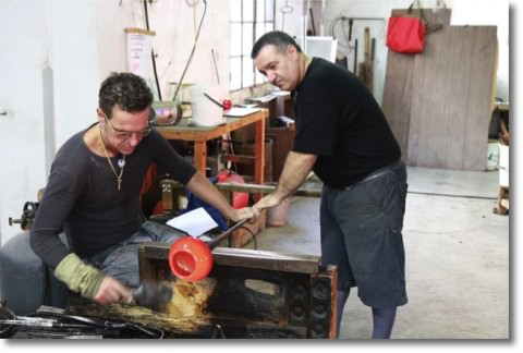 At Archimede Seguso srl. the shop and factory are a living testament to the genius of Archimede Seguso, a master glass artist born in 1909,