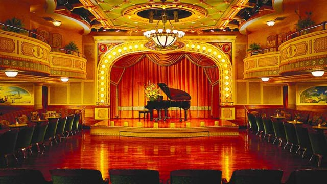 The grand theatre on riverboat American Queen