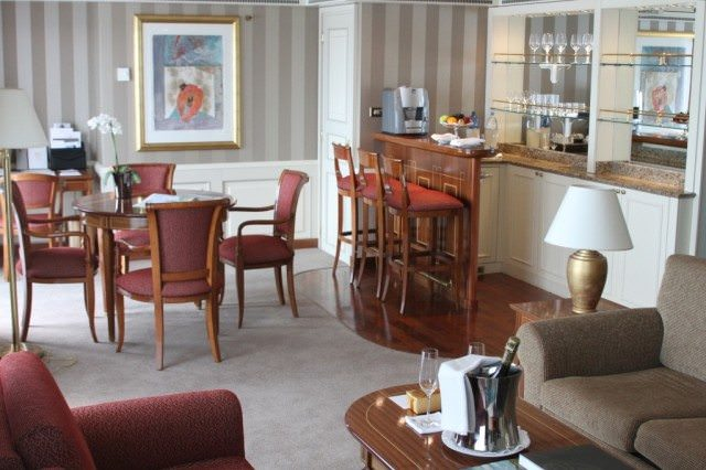 Silver Whisper, Owner's Suite