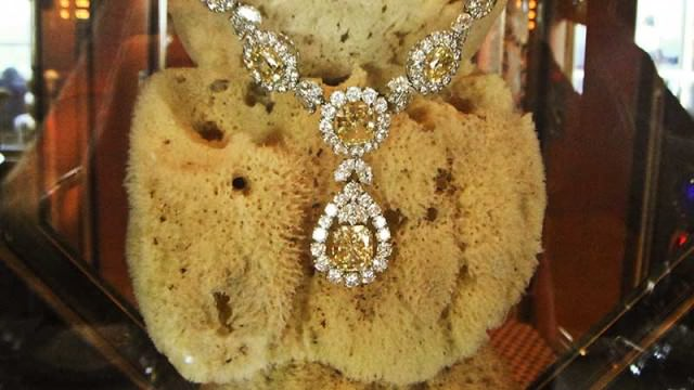 Jewellery on display in Harry's on Carnival Liberty
