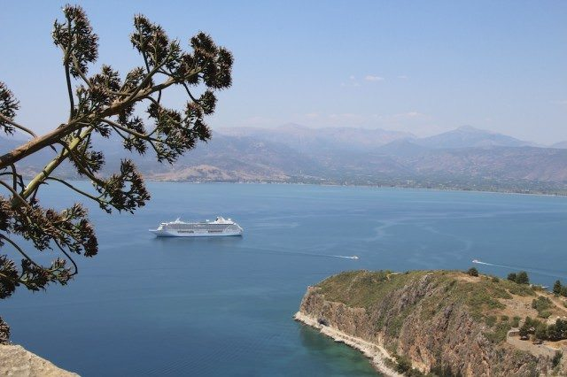 Crystal Serenity © Ralph Grizzle (9)