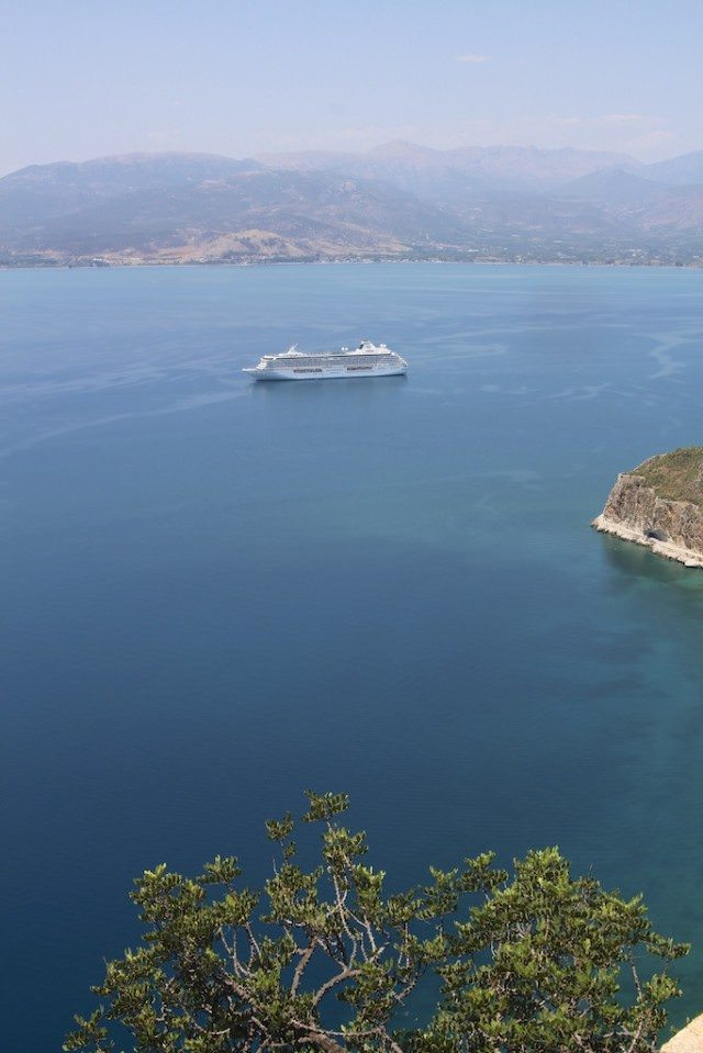 Crystal Serenity © Ralph Grizzle (8)