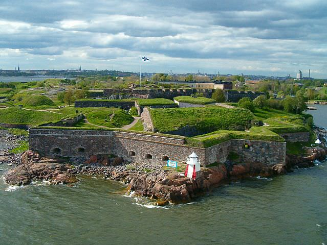 The Suomenlinna Fortress in Helsinki, Finland. Photo courtesy of Wikipedia / Creative Commons
