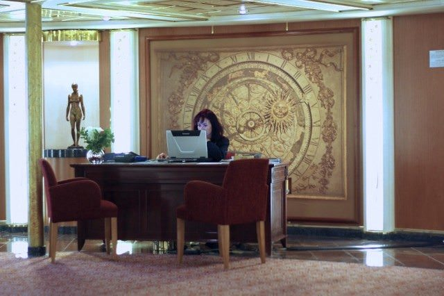 Stop by the cruise consultant's desk for special offers during your sailing. © 2010 Ralph Grizzle