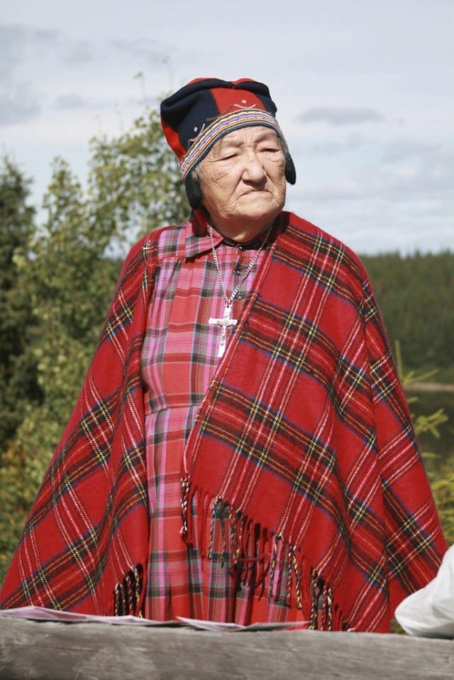 In Quebec, on a shore excursion we visited Filomena McKenzie, who only speaks Innu and grew up in the woods. 14 children and 80 grandchildren and great-grandchildren. Makes snow shoes. © 2010 Ralph Grizzle