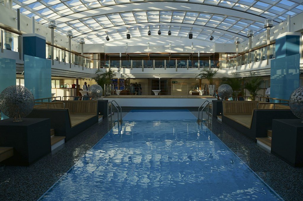 Europa 2 Pool With Retractable Roof