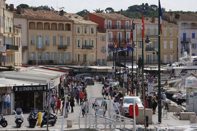 The busy waterfront during Seabourn Quest's call in Saint-Tropez. © 2013 Ralph Grizzle