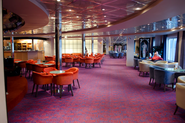 The Rendezvous Lounge aboard the Louis Cristal is like the rest of the ship: extremely well-maintained. Photo © 2014 Aaron Saunders