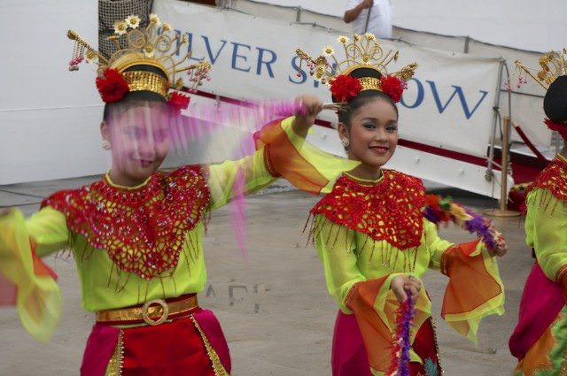 Dancers welcome Silver Shadow guests in Jakarta. © 2014 Ralph Grizzle