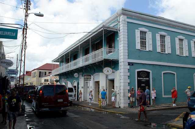 St. Thomas is a veritable mecca of diamond, jewelry and liquor stores. Photo © 2014 Aaron Saunders