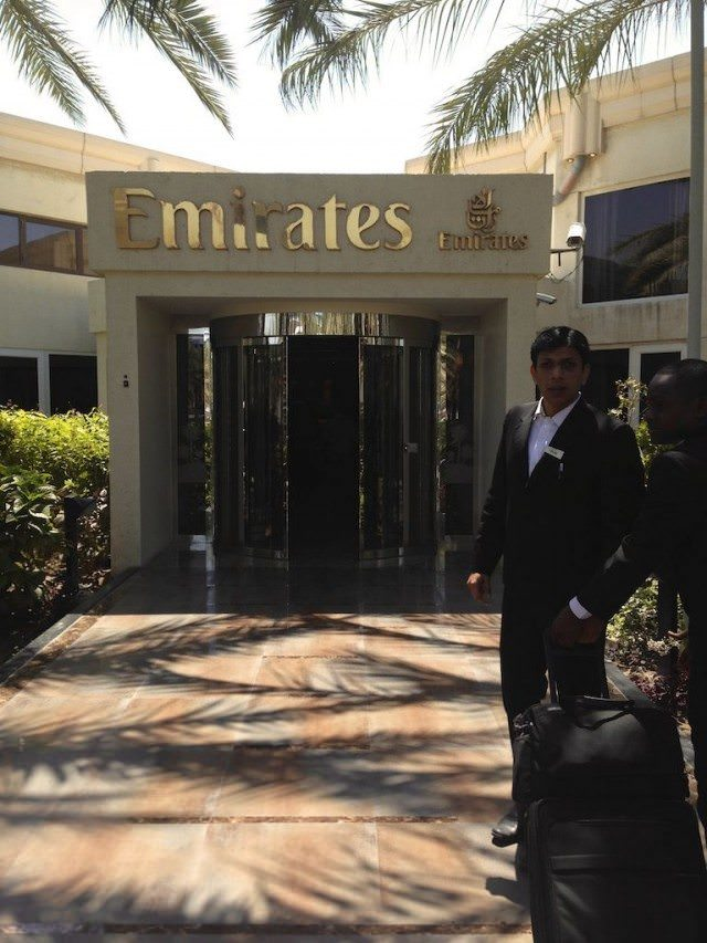 Welcome. A special entrance for Emirates' passengers at Hotel Méridien. © 2014 Ralph Grizzle