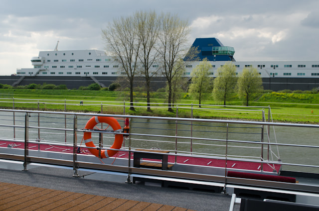My favorite sight upon departure: a building designed to look like a cruise ship. I knew I liked the Dutch people! Photo © 2014 Aaron Saunders
