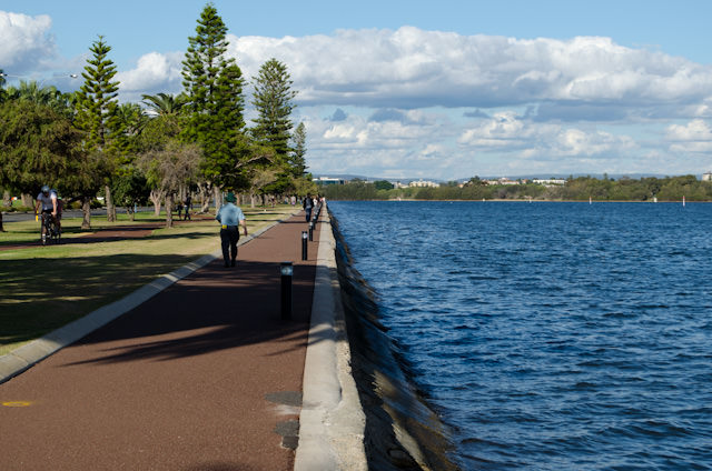 Strolling along the Swan River this evening. Photo © 2014 Aaron Saunders