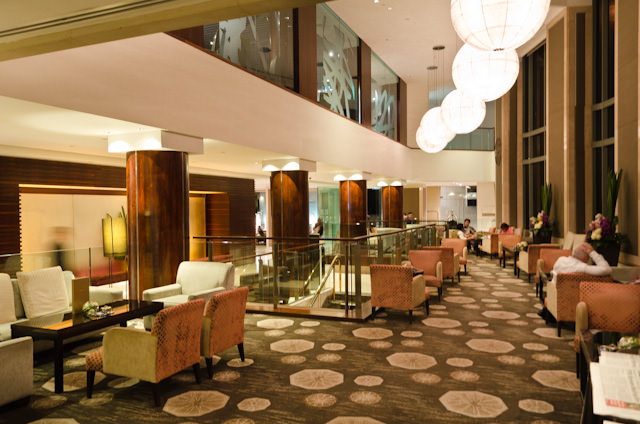 The Lobby Lounge at the Shangri-La Sydney is located in the main lobby. Photo © 2014 Aaron Saunders
