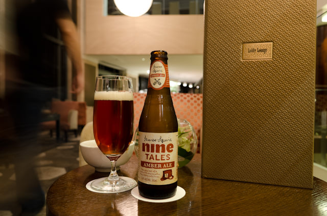 Enjoying an Australian beer (from New South Wales, no less!) in the Lobby Lounge at the Shangri-La Sydney. Photo © 2014 Aaron Saunders