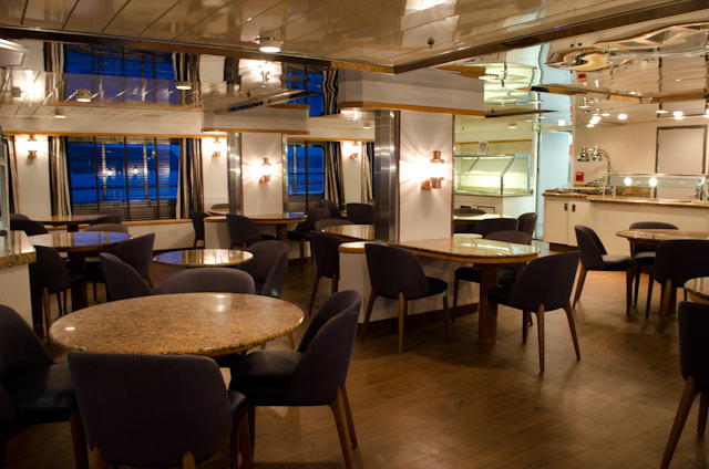 The Discoverer Lounge is the place to be for breakfast, lunch and afternoon tea. Photo © 2014 Aaron Saunders