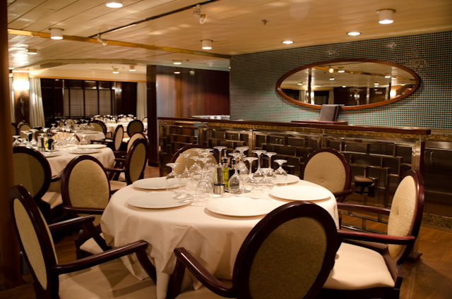 Meals aboard the Silver Discoverer are served in an open-seating environment. Photo © 2014 Aaron Saunders