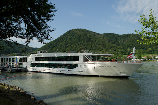 Day Durnstein And Melk River Cruise Advisor - Emerald river cruise ship