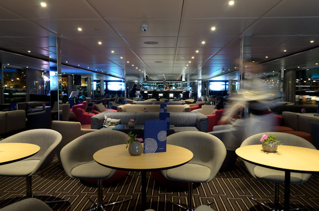 The Horizon Lounge late this evening. Photo © 2014 Aaron Saunders