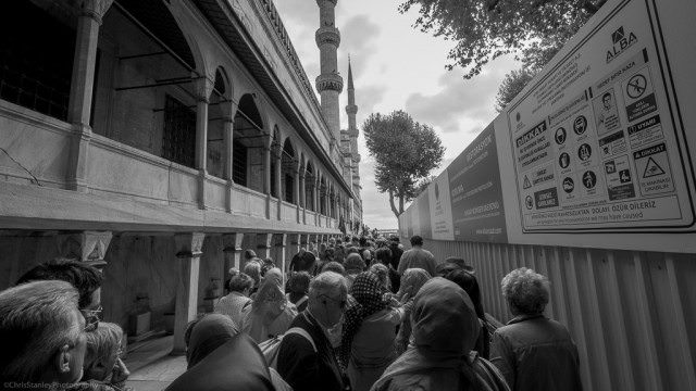 Lines at Blue Mosque