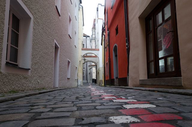 One of my favorite things to do in Passau: loose yourself amongst the winding, narrow alleyways. Photo © 2014 Aaron Saunders