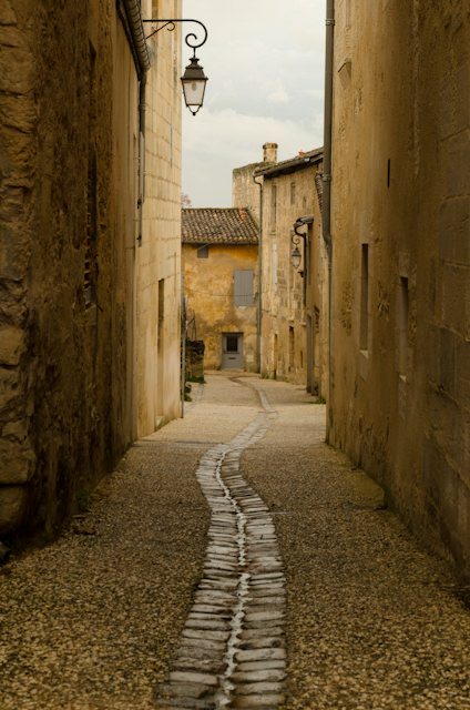 The Road to Saint-Emilion. Photo © 2014 Aaron Saunders