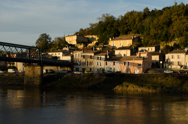 Garonne villages. Photo © 2014 Aaron Saunders