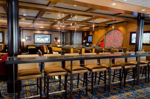 The Schooner Bar, Deck 5. Plenty of different bars and lounges ensure Quantum of the Seas doesn't feel crowded. Photo © 2014 Aaron Saunders