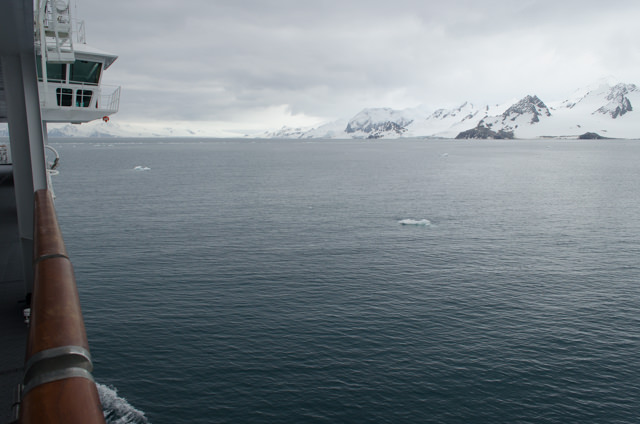 Scenic Cruising takes on an entirely new meaning here in Antarctica. Photo © 2015 Aaron Saunders