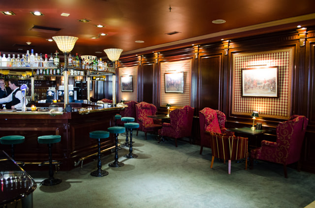 Oliver's Bar, just off the main lobby, is decidedly ocean-liner like...Photo © 2015 Aaron Saunders
