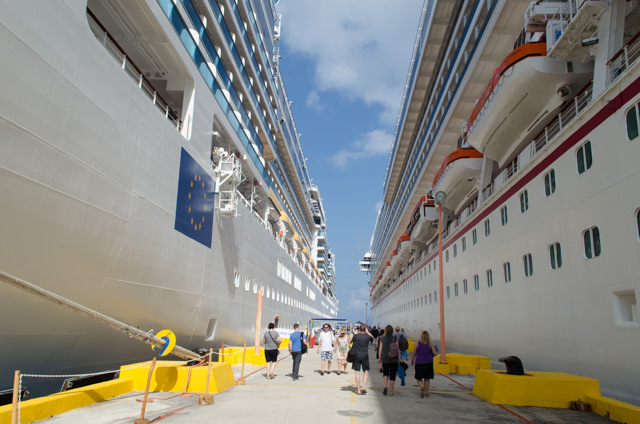 Costa and Carnival, side-by-side in Costa Maya. Photo © 2015 Aaron Saunders