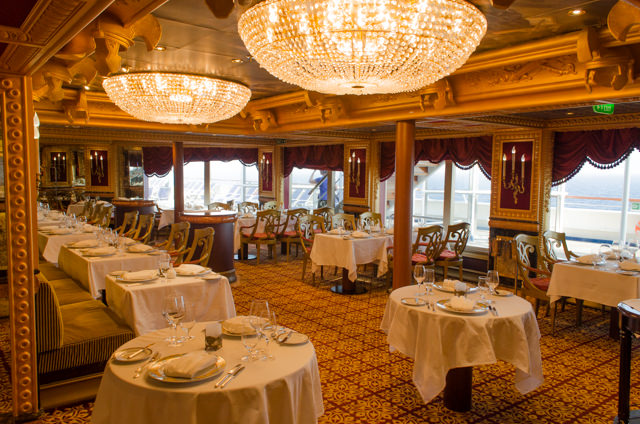 Tonight, I dined in the Sun King Steakhouse on Deck 10. Photo © 2015 Aaron Saunders