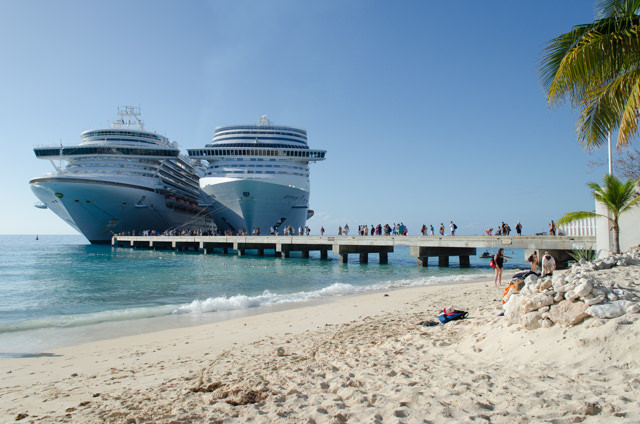 MSC Divina, right, was joined by Caribbean Princess later in the afternoon. Photo © 2015 Aaron Saunders