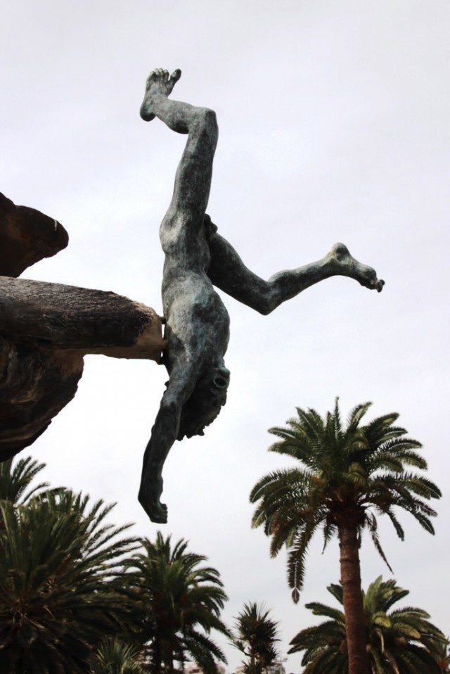 Statue in Las Palmas commemorates the island aborigines who jumped to their deaths rather than be conquered by the Spanish during the 1400s. © 2015 Lew Toulmin