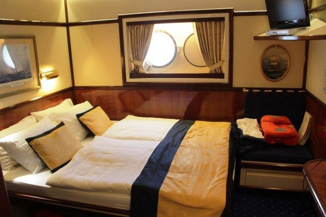Our cabin aboard the Star Flyer. © 2015 Lew Toulmin