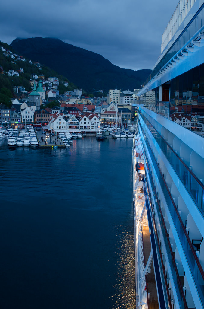 Tonight, Viking Star backed into Bergen harbour for something of a dress rehearsal for Sunday. Photo © 2015 Aaron Saunders
