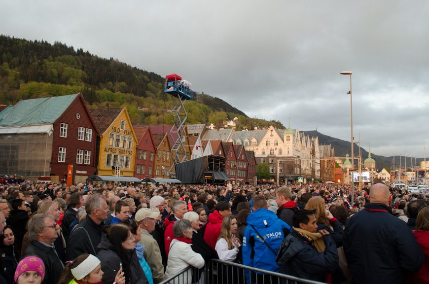 ...and the better part of Bergen standing by...Photo © 2015 Aaron Saunders
