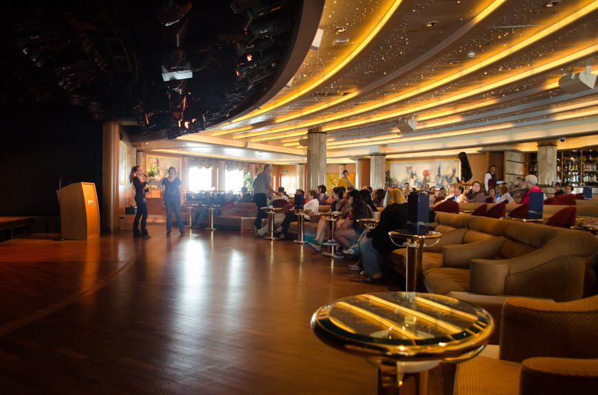 Playing Trivia in the Vista Lounge, Deck 6 aft. Photo © 2015 Aaron Saunders