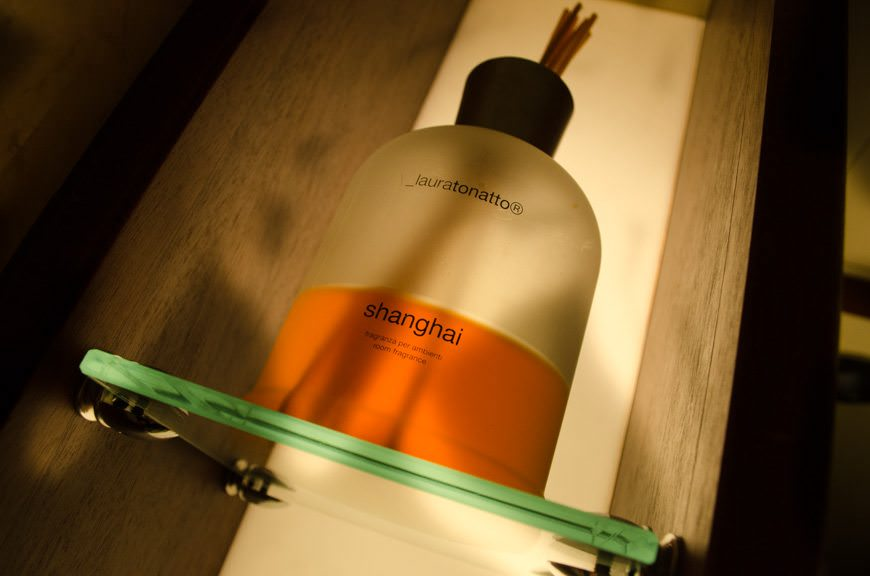 All suites boast reed diffusers with scents by Laura Tonatto. Photo © 2015 Aaron Saunders