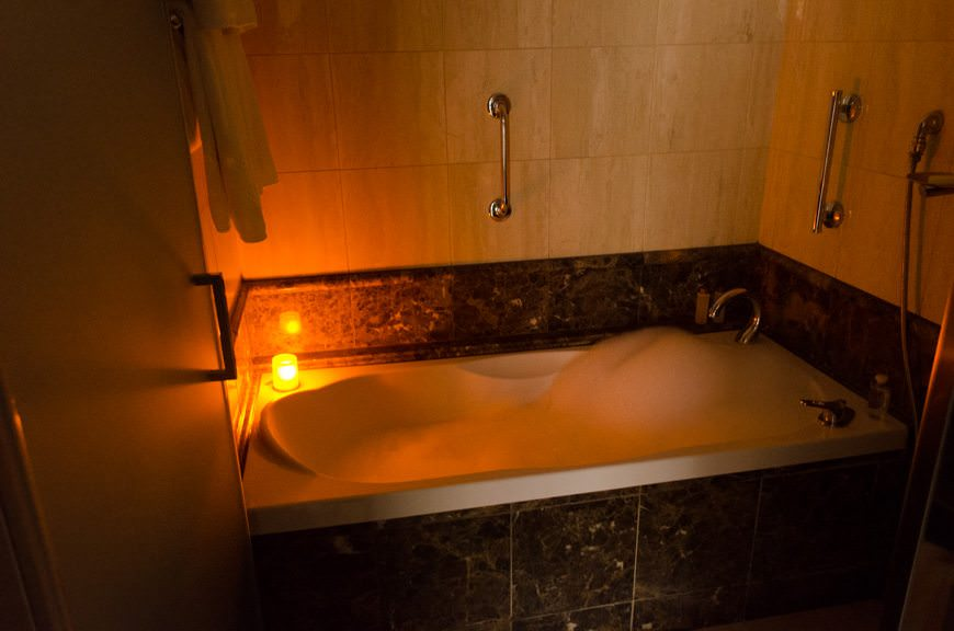 How many cruise lines draw you a scented bubblebath after a cold day ashore? Photo © 2015 Aaron Saunders
