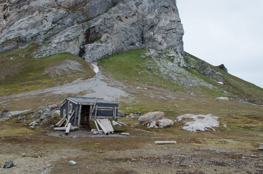 Our first stop: the hut occupied by Norwegian arctic trapper Wanny Wolstad. Photo © 2015 Aaron Saunders
