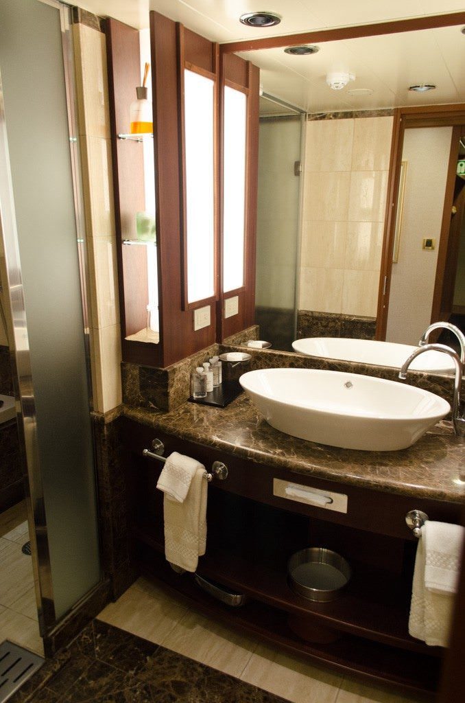 Marble bathroom de-luxe! Bathrooms aboard Silver Explorer in all stateroom categories are patterned after those on the line's classic luxury vessels. Photo © 2015 Aaron Saunders