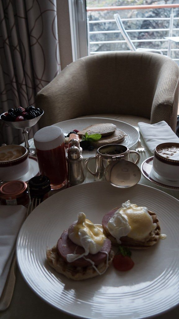 The day begins with breakfast in our suite. ©2015 Ralph Grizzle