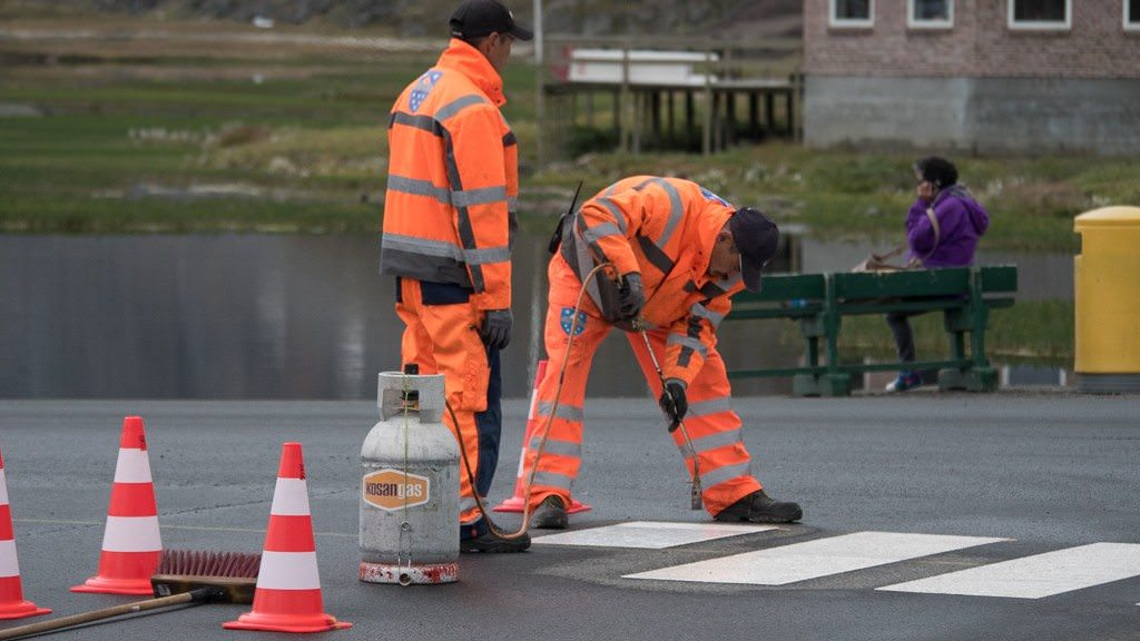 Yes, there is traffic in Sisimiut, and new crosswalks. ©2015 Ralph Grizzle