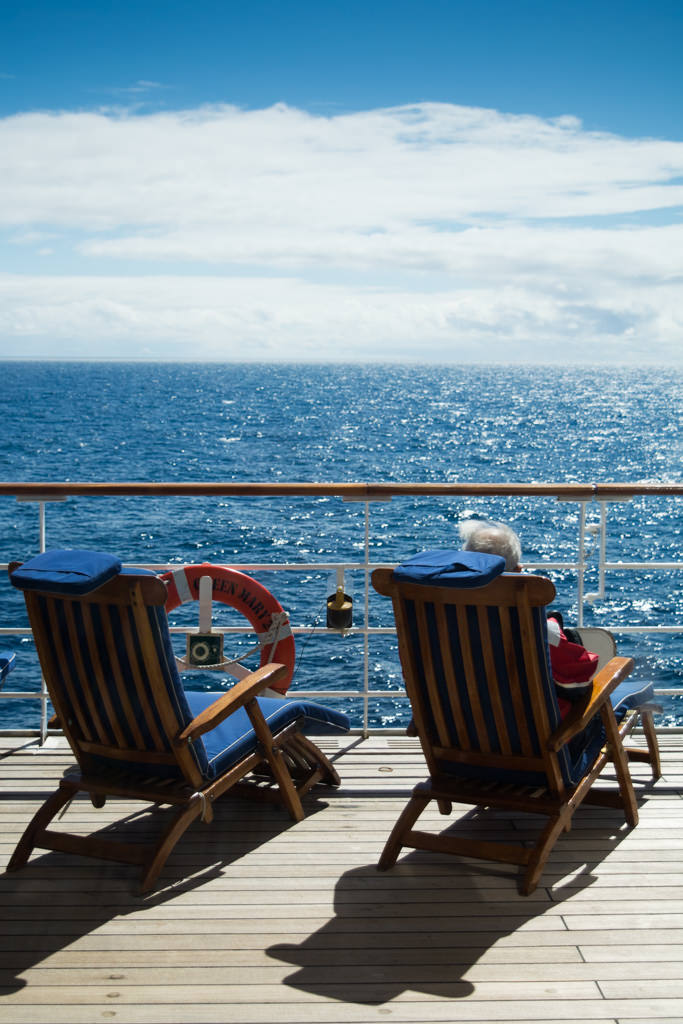 Resting and reading out on deck was a popular option today while the weather cooperated. Photo © 2015 Aaron Saunders