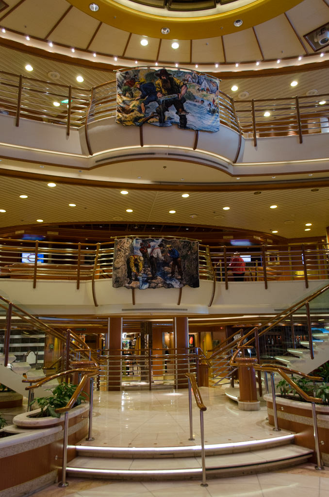 This was how the atrium aboard Star Princess looked in the middle of the afternoon: quiet. Everyone was up on deck admiring the view! Photo © 2015 Aaron Saunders