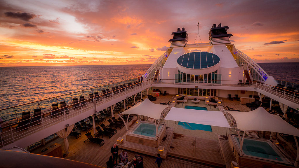 Seabourn Sojourn. © 2015 Avid Travel Media Inc.