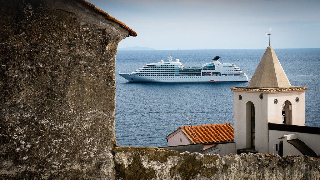 Seabourn Sojourn anchored in Amalfi. © 2015 Avid Travel Media Inc.